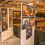 Exposição Fotográfica no mezanino da Livraria Travessa do Ribeirão Shopping