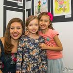 Professora Daniela Gamma e suas alunas.
